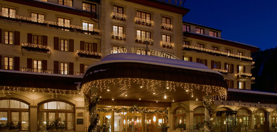 Switzerland_Zermatt_Grand_Hotel_Zermatterhof_exterior_night.jpg